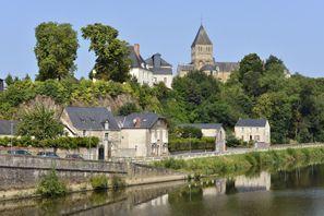 Najem vozila Chateau Gontier, Francija