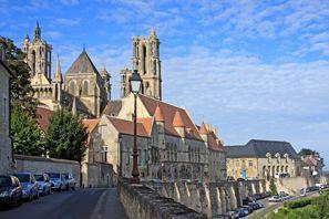 Najem vozila Laon, Francija