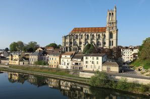 Najem vozila Mantes La Jolie, Francija